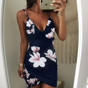 NWT sexy floral print bodycon dress